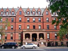 New York (NY) Hostelling International New York United States, North America Located in Upper West Side, Hostelling International New York is a perfect starting point from which to explore New York (NY). Both business travelers and tourists can enjoy the hotel's facilities and services. Free Wi-Fi in all rooms, 24-hour front desk, 24-hour room service, facilities for disabled guests, luggage storage are just some of the facilities on offer. Comfortable guestrooms ensure a good...