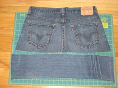 Bag bottom; purse from a pair of jeans