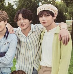 bts summer package 2019 on Taehyung Gucci, Bts Taehyung, Bts Jungkook, Samara, Bts Summer Package, Bts Maknae Line, Twitter Bts, Army Love, Bts J Hope