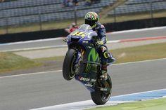 MotoGP - GP da Holanda: Valentino Rossi vence corrida de loucos - MotoSport - MotoSport