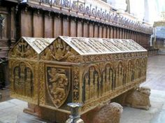 The tomb of Queen Leonora (Eleanor Plantagenet Jr.) 1160-1214 the daughter of Eleanor of Aquitaine, beside that of her husband, King Alfonso VIII