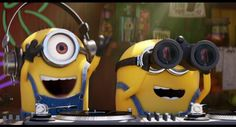 New party member! Tags: funny lol laughing laugh minions funny gif minions gif chistosos despicable me 3 Minion Gif, Despicable Me 2 Minions, Minion Movie, My Minion, Funny Minion, Transformers 5, Minions Funny Images, Funny Gifs, Minions Quotes