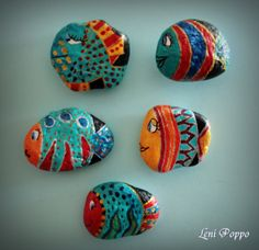 fish magnets = hand painted stones