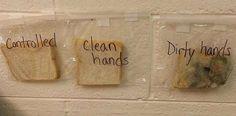 Çocuklara El Yıkamanın Önemini Üç Dilim Tost Ekmeğiyle Öğreten Öğretmen