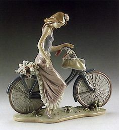 LLADRO - BIKING IN THE COUNTRY
