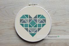 Hey, I found this really awesome Etsy listing at https://www.etsy.com/listing/209418031/geometric-modern-cross-stitch-pattern