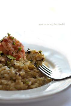 Risotto con crema di pistacchio http://www.zagaraecedro.ifood.it/2016/05/risotto-con-crema-di-pistacchi.html