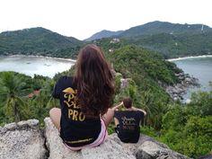 Desde uno de los miradores más increíbles de Koh Tao seguimos soñando que la vida es sueño, sal, agua y pasión..El secreto de Pura Vida ... Koh Tao, Keep Dreaming, Pura Vida, Water