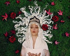 Unconventional headpieces di OnceACrown su Etsy Headpieces, Crowns, Gypsy, Barbie, Beautiful, Jewelry, Fashion, Moda, Fascinators