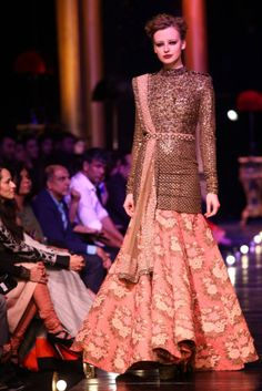Sabyasachi Lakme Fashion  Week 2013 31