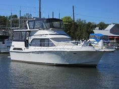 Check out this Used 1988 Chris-Craft 426 Catalina for sale in Saint Joseph, MI. View this Motor Yachts and other Power boats on boattrader.com