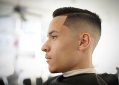 100 Amazing Fade Haircut For Men - [Nice 2019 Looks] Side Fade, Fade Cut, Best Fade Haircuts, Haircuts For Men, V Cut Hair, Hair Cuts, Afro Fade, Comb Over Fade, Medium Fade