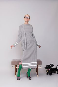 Thom Browne Resort 2019 Fashion Show Collection: See the complete Thom Browne Resort 2019 collection. Look 8 Fashion Week, Fashion Outfits, Womens Fashion, Knitwear Fashion, Thom Browne, Mode Vintage, Fashion Show Collection, Mode Style, Vogue Paris