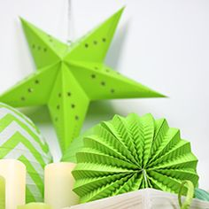 #greenery #lampion #deco #deco2017 Greenery, Plant Leaves, Plants, Hanging Decorations, Color Of The Year, Flora, Planters
