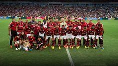 CAMPEÃO CARIOCA 2014 - O tabu se manteve na final. Contra o Vasco, deu Flamengo mais uma vez. Assim como nas quatro decisões anteriores do Campeonato Estadual, em 1999, 2000, 2001 e 2004, e na final da Copa do Brasil, em 2006. E foi com requinte de crueldade. O gol do empate em 1 a 1, que garantiu o 33º título carioca rubro-negro, saiu aos 45 minutos do 2º tempo. Quando os vascaínos já comemoravam e se sentiam com as mãos na taça.