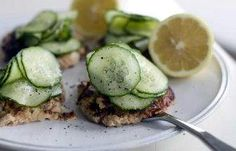 Try this healthy take on salmon cakes