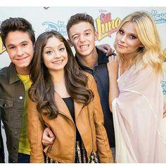 New Disney Channel Shows, Spanish Tv Shows, Image Fun, Story Instagram, Son Luna, Couple, Season 2, It Cast, Celebrities