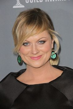 Amy Poehler looked gorgeous in IPPOLITA at the Costume Designers Guild Awards.