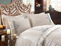 Linens Set - For Double Person - Bedspread - Blankets - Natural Cotton - Cotton Satin - White - Counterpane Embroidery Processing Luxury Duvet Covers, Bed Linen Sets, Creative Home, Bed Spreads, Duvet Cover Sets, Oeuvre D'art, Linen Bedding, Bed Pillows, Pillow Cases