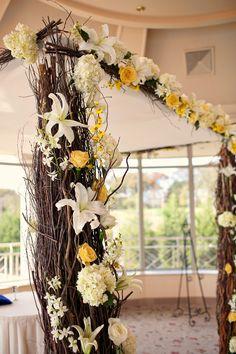 Rustic Wedding Decor - Rustic Wedding Theme | Wedding Planning, Ideas & Etiquette | Bridal Guide Magazine