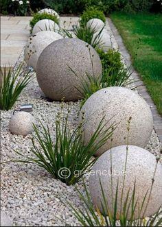 DIY GARDENING: Stone Gravel Planted Bed