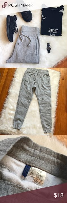 Men's Joggers Comfy and stylish! Men's joggers. ***Please note these do not have tags but are brand new never worn***.                                                              ✅Reasonable offers only ✅Discounted Bundles  🚫Trading or Paypal                                                 💌 1 Day shipping H&M Pants Sweatpants & Joggers