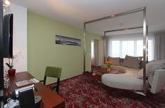ARCOTEL Kaiserwasser Wien Fotos & Videos - Offizielle Website Das Hotel, Kaiser, Room Themes, Couch, Website, Videos, Settee, Sofa, Sofas