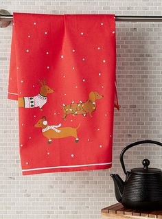 Holiday hound tea towel | Simons Maison | Accessories for Holidays and Celebrations Online | Simons