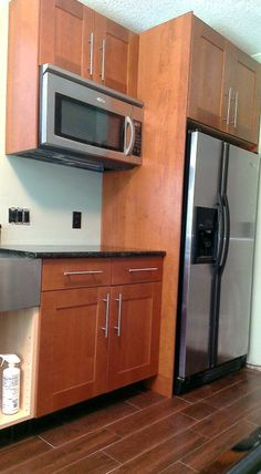 Materials: Perfekt Adel cover panels and rounded deco strip I wanted to… Built In Microwave Cabinet, Refrigerator Cabinet, Microwave In Kitchen, Built In Refrigerator, Microwave Wall Mount, Hanging Microwave, Cheap Kitchen Cabinets, Ikea Kitchen, Kitchen Redo