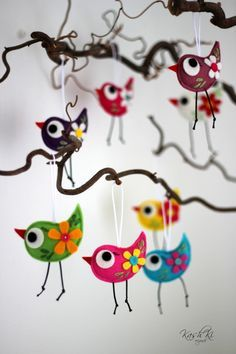 Barevní ptáčci z plsti / Zboží prodejce KashKi original - HomeDecor Felt Crafts, Diy And Crafts, Arts And Crafts, School Age Crafts, Paper Birds, Preschool Art, Art Lesson Plans, Christmas Crafts For Kids, Animals For Kids