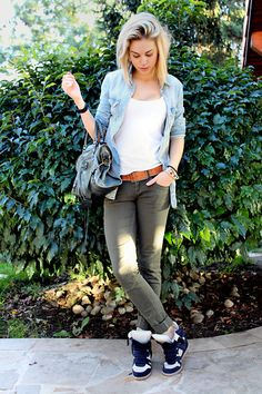 This outfit, except with coyote brown sneaker wedges <3