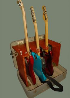 DIY suitcase guitar stand. Heck Yes.