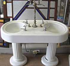 Antique Bath products available at Restoration Resources: Sinks, tubs, towel bars, medicine cabinets, soap dishes.