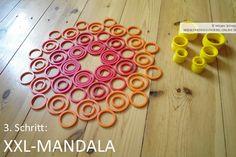 Geo-Mandala mit Kindern auf dem Boden legen mit den Geo-Legespielen nach Fröbel (hier Spielgabe 9, Froebel Gift 9)  -> Tutorial, 3. Schritt Spielgaben - Legespiele kaufen:  http://www.friedrich-froebel-online.de/shop/
