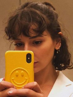 I'm Obsessed With Multiple Ear Piercings—These Are My Fave Combinations I'm Obsessed With Multiple Ear Piercings—These Are My Fave Combinations,أفتارز . multiple ear piercings: Alyssa Coscarelli with multiple ear piercings Curly Bangs, Curly Hair Styles, Curly Hair With Fringe, Bangs Short Hair, Bangs Updo, Short Fringe, Curly Bob Hairstyles, Short Hair For Curly Hair, Short Hairstyles With Bangs