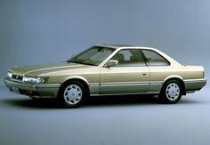 日産は、2016年1月30日に全国公開となる映画『さらば あぶない刑事』に画像のゴールドの「レパード」をはじめとした車両を提供することを発表した。日産は、『あぶない刑事』シリーズに、1986年放映の初代ドラマシリーズより数々の車両を提供し、カーアクションをはじめ、主人公タカ&ユージとともに横浜を