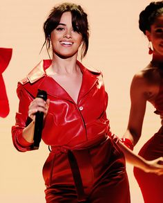 Camila Cabello performing at The Tonight Show starring Jimmy Fallon Beautiful Brown Eyes, She Is Gorgeous, Beautiful Smile, Ally Brooke, Cabello Hair, Celebs, Celebrities, Woman Crush, Girl Crushes