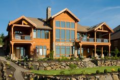 Gorgeous exterior of a timber frame home in Oregon. Discovered on www.Porch.com