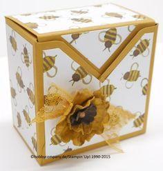 sommerliche Box mit dem Stanz-und Falzbrett für Geschenkschachteln und neuem Designerpapier mit Bienen :-)