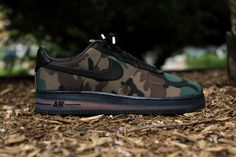 Release Reminder  Nike Air Force 1 Low Max Air VT QS  Camouflage  Coming  today from Nike Sportswear is the latest pair of Air Force to celebrate the  ... 499428385