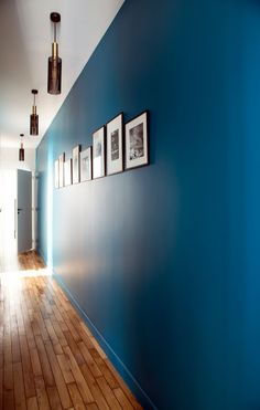 Apartment Paris a modern 90 Haussmannian - - Hotel Corridor, Im Coming Home, Small Balcony Decor, Stair Walls, Paris Apartments, Design Hotel, Minimalist Interior, Big Houses, Home Staging
