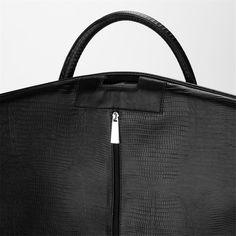 Porta-Terno Porta-terno croco (preto) - LaThuma