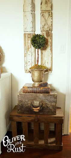 I love this shabby old wooden box on the crate. Oliver and Rust: Going white in the bedroom