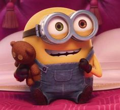 Shared by The Minion Dave. Find images and videos about minions, despicable me and minions movie on We Heart It - the app to get lost in what you love. Minions Bob, Cute Minions, Minions 2014, Minion Halloween, Minion Dave, My Minion, Cute Disney Wallpaper, Cute Cartoon Wallpapers, Minions Despicable Me