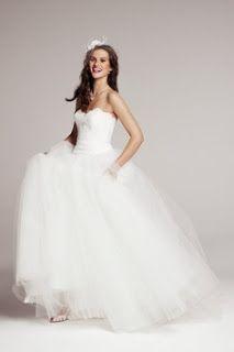 Tendencias de #Moda y #Maquillaje: #VESTIDOS DE #NOVIAS Visitar Web:http://tendenciasymasmoda.blogspot.com/2013/09/vestidos-de-novias.html