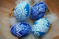 Royal blue lace eggs.