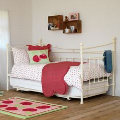 Evie Childrens Day Bed | Feather & Black