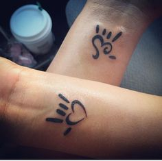 "Our mother/daughter ""I love you"" tattoos. - Our mother/daughter ""I love you"" tattoos. Our mother/daughter ""I love you"" tattoos. Mommy Daughter Tattoos, Mother Daughter Tattoos, Tattoos For Daughters, Best Friend Tattoos, Mom Tattoos, Trendy Tattoos, Tatoos, Paar Tattoos, Neue Tattoos"