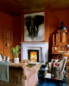 Elephant as center piece Miles Redd, Elle Decor Living Area, Living Spaces, Living Rooms, Dark Walls, Hospitality Design, Elle Decor, Beautiful Interiors, Luxury Living, House Colors