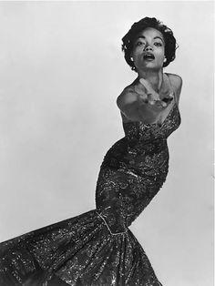 Eartha Kitt Glamour Hollywoodien, Vintage Black Glamour, Old Hollywood Glamour, Vintage Hollywood, Vintage Beauty, Classic Hollywood, Vintage Fashion, Hollywood Cinema, Hollywood Fashion
